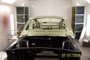 68 Mustang engine comp and dash painted 002